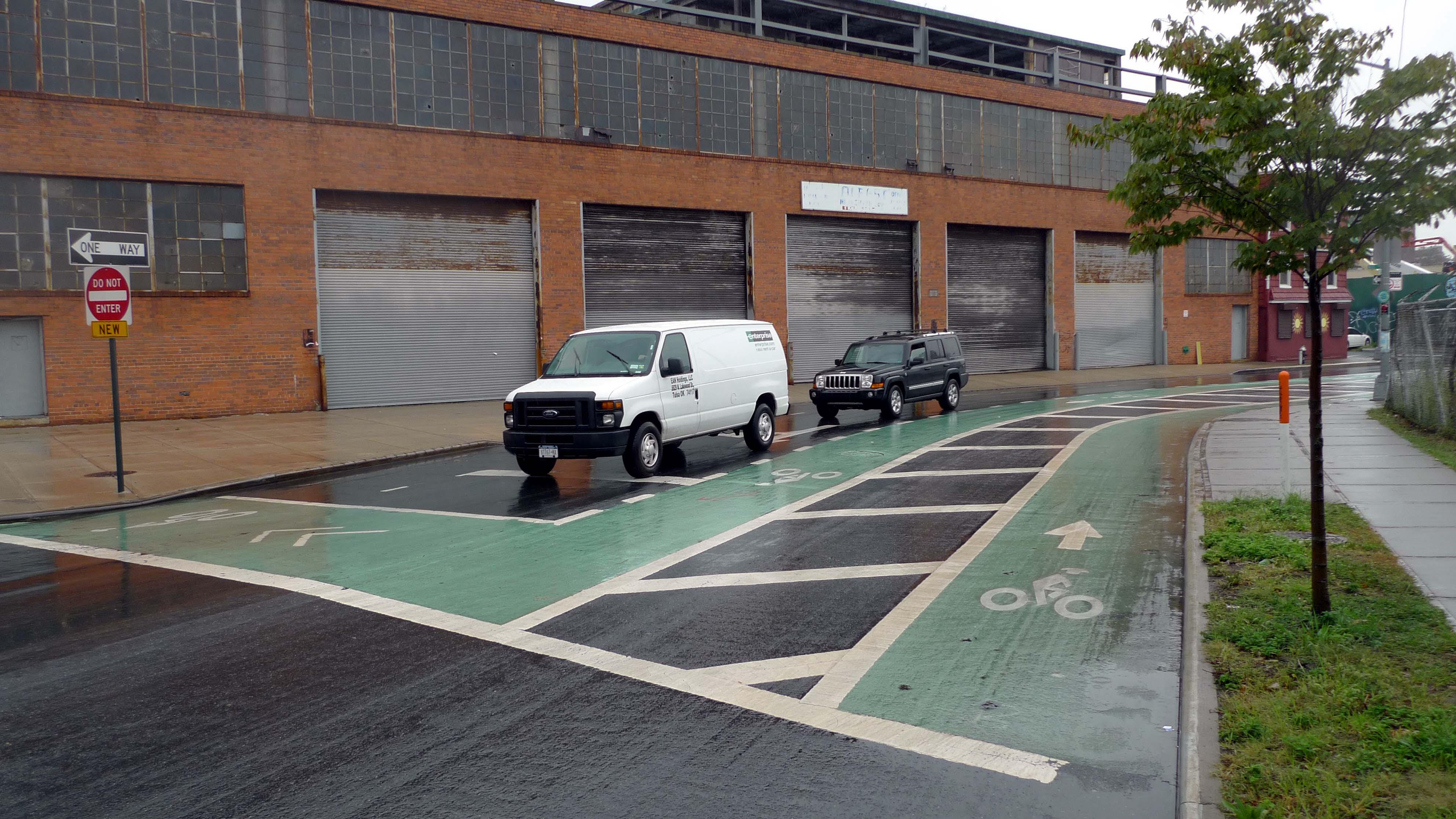 Work Begins On Kent Avenue Bike Lane Expansion